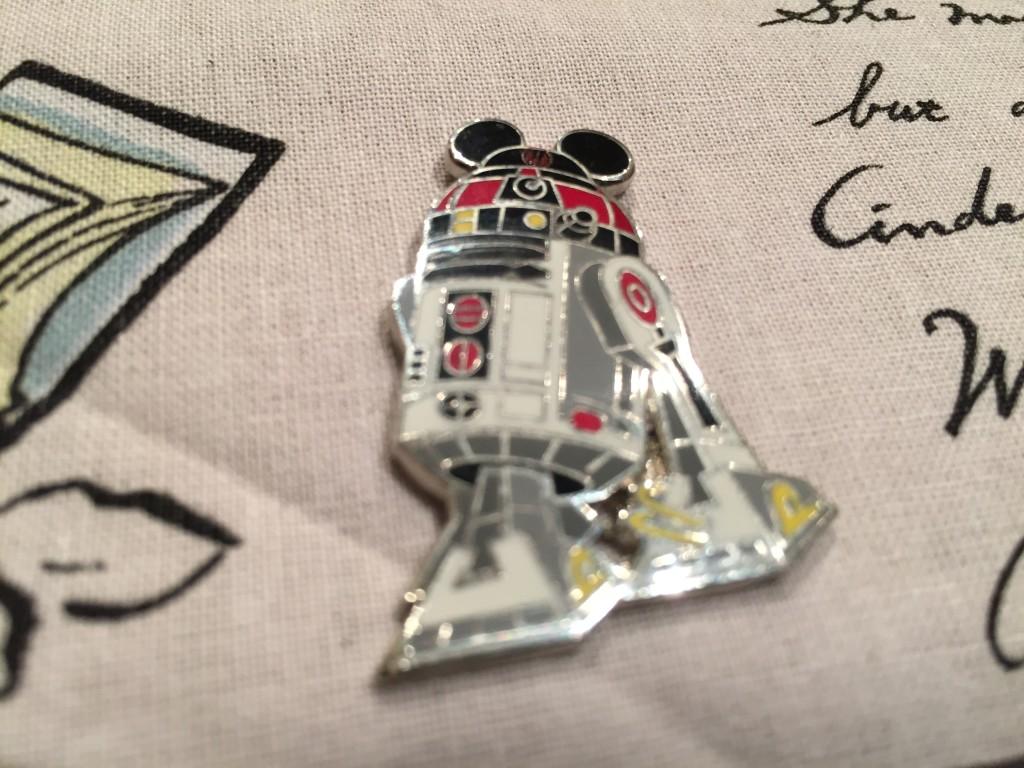 Jenny's Disney Pin Board - R2 Mickey Detail